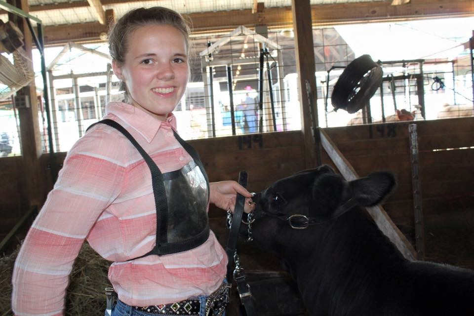 Emily with her 2014 feeder calf project.