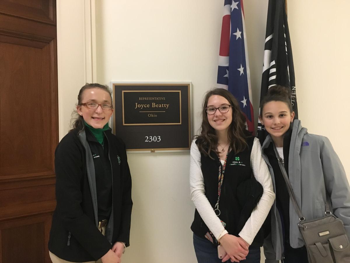 (l-r) Callia Barwick (Mahoning County), Ellen Riley (Delaware County), and Allison Riley (Delaware County)