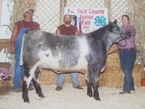 Keeran with a beef exhibit at the 2007 Fairfield County Fair